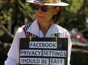 [Facebook] La mia privacy finisce dove cominciano i post pubblici degli altri