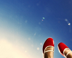 red_shoes_by_UltraViolett